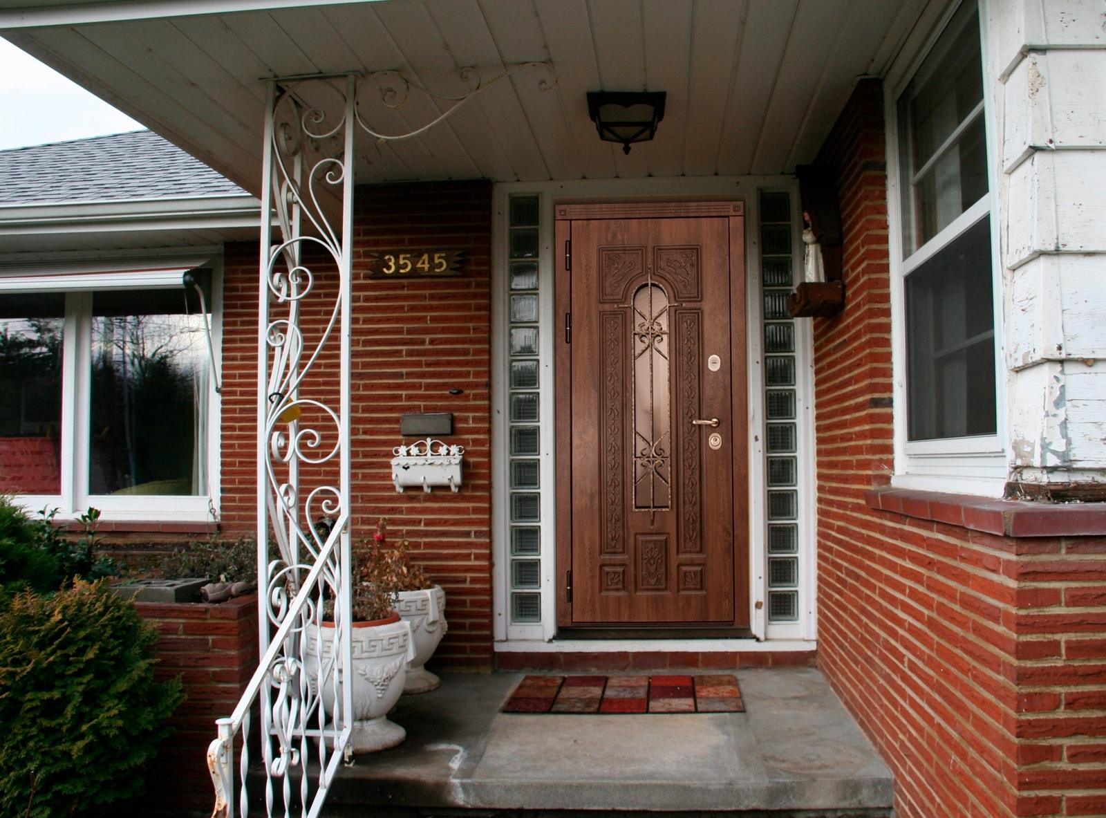 здесь ошибиться отделка входной двери в дом с веранды фото может быть